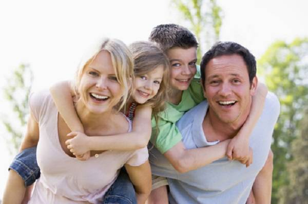 Cha mẹ không được phân biệt đối xử con cái