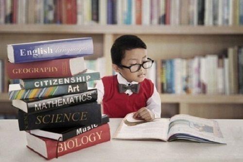 Các bậc cha mẹ đều luôn mong muốn con mình thông minh