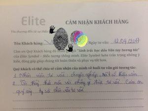 chi-Dung-khi-lam-sinh-trac-van-tay-tai-elite-symbol-chia-se