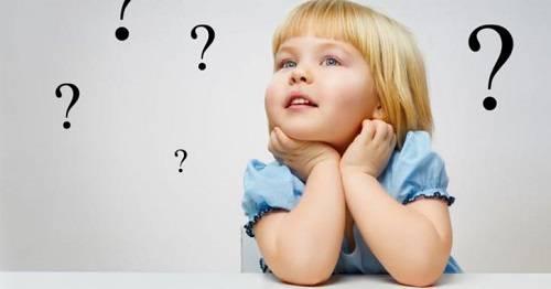 Đặt cho bé những câu hỏi để bé trả lời
