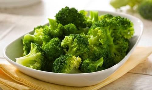 Súp lơ xanh mang lại nhiều dinh dưỡng có lợi cho bé