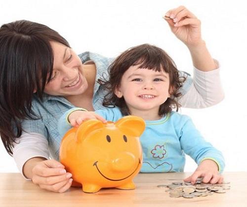 Hãy quan tâm quản lý tài chính của con ngay từ khi chập chững