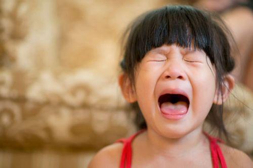 Trẻ thường rất dễ bộc lộ cảm xúc ra bên ngoài