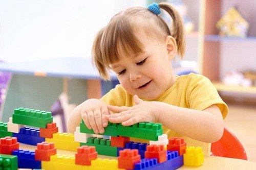 Cha mẹ hãy giúp bé tăng cường chỉ số EQ