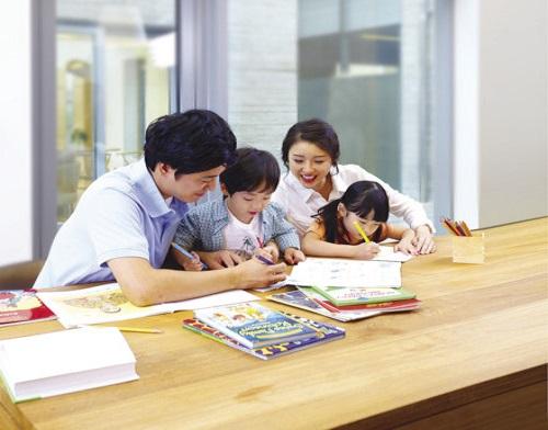 Giáo dục con cái luôn là nỗi lo lắng số một của bậc phụ huynh