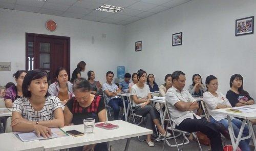 Cha mẹ của các bé tham gia lớp sinh trắc vân tay level 1