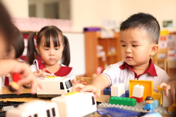 Giáo dục con cái sớm